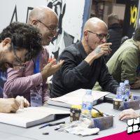 """Sesión de firmas de """"Nuevas hazañas bélicas"""" en Comic Barcelona"""