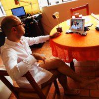 Entrevista retransmitida desde casa con la cadena de TV mexicana TELEMUNDO