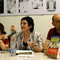 """Ana S. Pareja, Leah Bonnin y H. Migoya en la presentación de """"Qtsmde"""""""